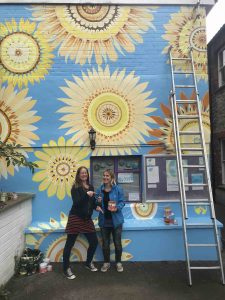 Artist Faye Suzannah and Sponsor Caroline from Thorndown Paints scaled