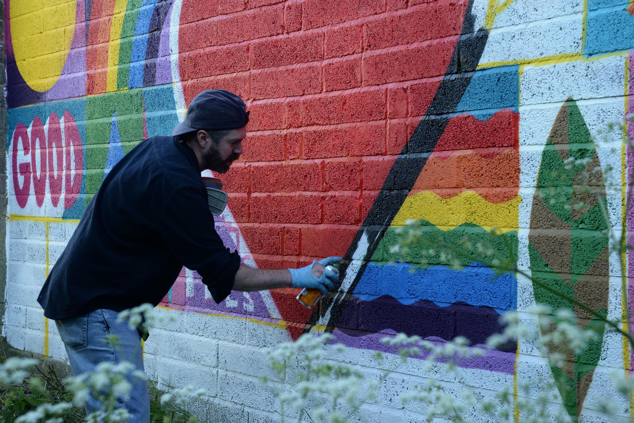 Luke Embden painting near manor house road May 2021